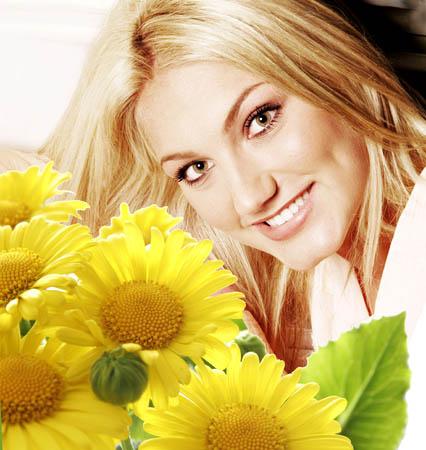 Рамка для фотографии к 8 марта- Желтые цветы