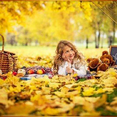 Free Autumn baby psd template photoshop