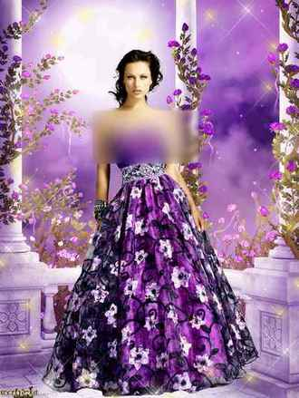Woman psd template - Girl in the dress of color of lilac ( free psd file download )
