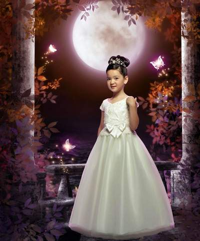 Children's template for Photoshop - Fairy-tale beautiful dress